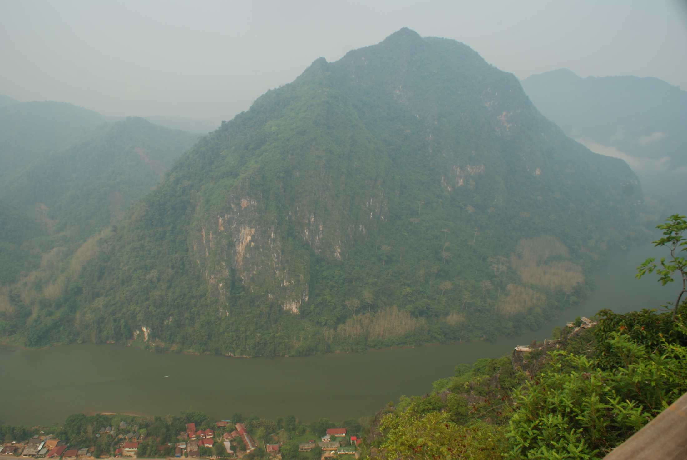 View of the surrounding mountains from Sleeping Woman Viewpoint